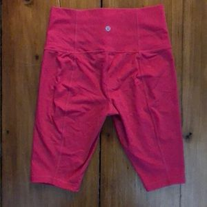 Lululemon Sz 4 Tall in Hot pink